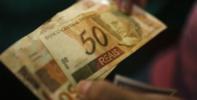Brezilya'da resesyon vergi gelirlerini vurdu