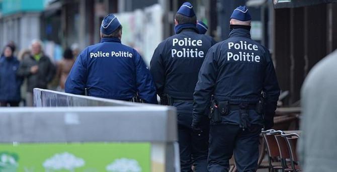 Yılbaşında terör şüphesiyle 2 kişiye gözaltı