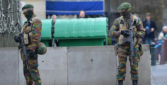 Brüksel'de yılbaşı kutlamalarına 'terör' engeli