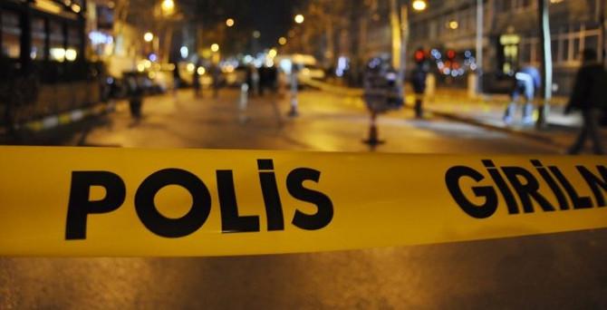 Okmeydanı'nda 5 araç yakıldı