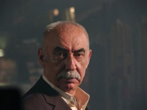 Şener Şen'in en çok güvendiği yönetmen hangisi?