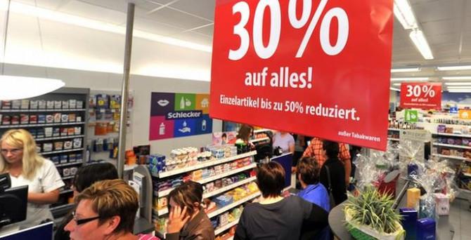 Euro Bölgesi enflasyonu sıfır seviyesinde sıkıştı