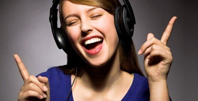 Yeni yılda yeni bir şarkı söyleyin sağlığa iyi geliyor!