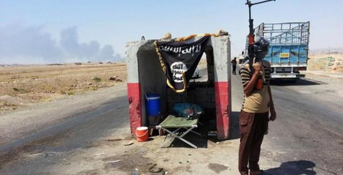 Pentagon: IŞİD'in petrol gelirleri düştü