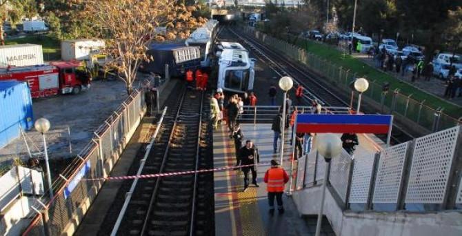 İzmir'de metro hattına konteyner düştü