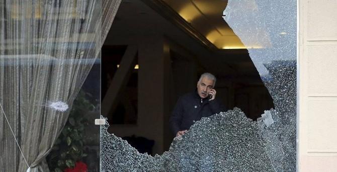 Mısır'da iki saldırı: 1 ölü, 5 yaralı