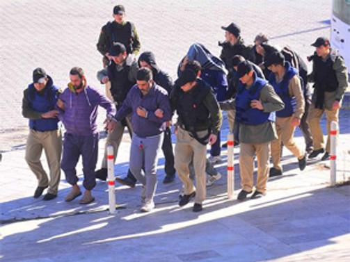 'Tarihi operasyon'da 9 tutuklama