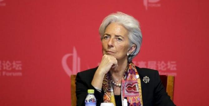IMF, küresel büyüme tahminini düşürdü