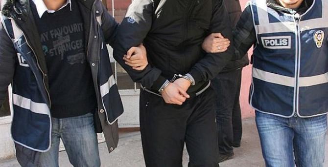 'Usulsüz dinleme' operasyonu: 30 gözaltı