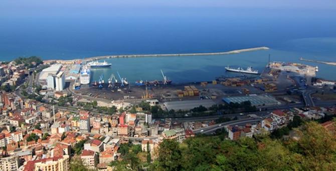 Karadeniz ihracatını Trabzon sırtladı