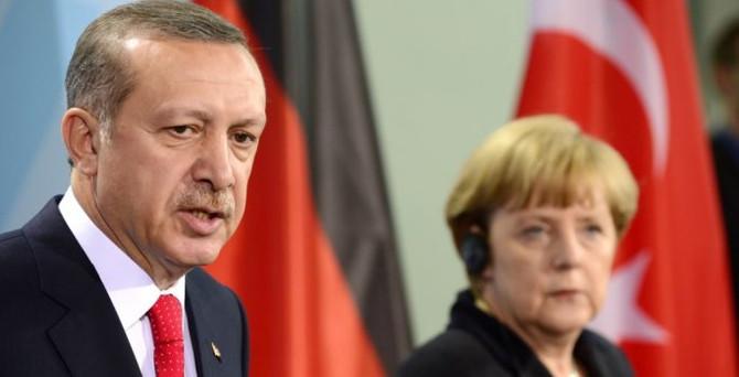 Erdoğan'dan Merkel'e taziye