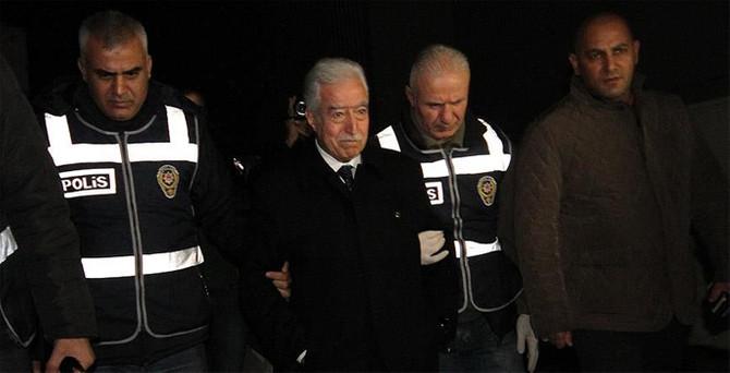 Belediye başkan vekili ve işadamları gözaltında