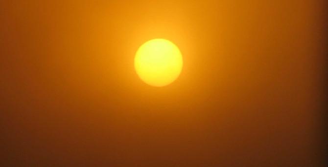 Ucuz petrol bile 'güneş'i gölgeleyemiyor!