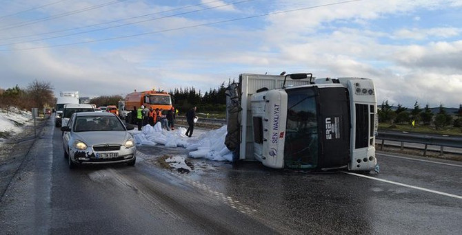 Silivri'de trafik kazası: 16 yaralı