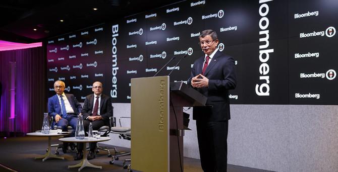 Davutoğlu, yatırımcıları Türkiye'ye davet etti