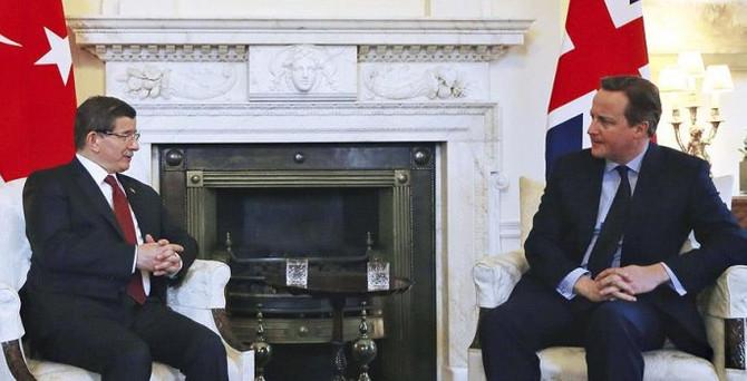 'Kıbrıs sorununu İngiltere'nin desteğiyle çözmek istiyoruz'