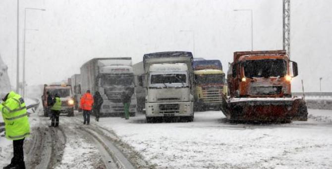 TEM'in İstanbul yönü ulaşıma açıldı