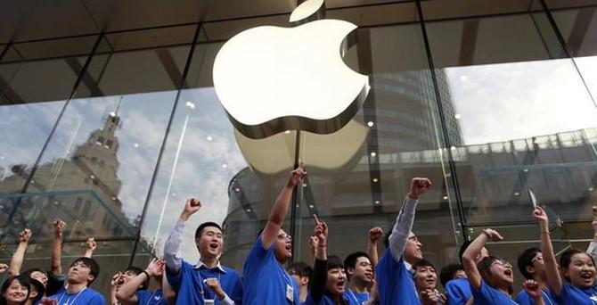 Trump: Apple kahrolası ürünlerini ABD'de üretmeli
