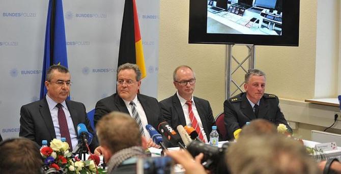 Türk ve Alman işbirliğinde 'mülteci' operasyonu
