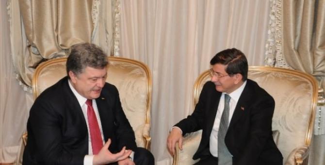 Davutoğlu, Poroşenko  ile görüştü
