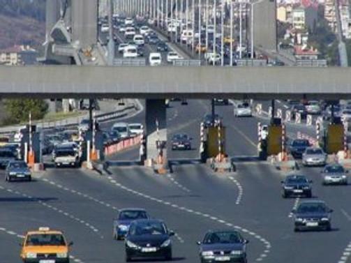 Köprü ve otoyol geliri 880,2 milyon lira