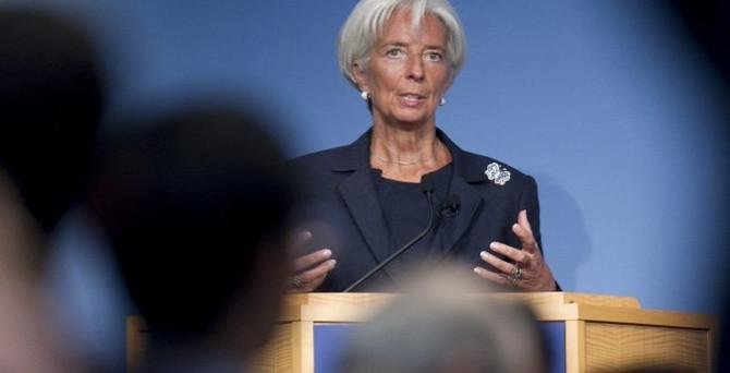 Lagarde Avrupa ekonomisindeki iki temel riski açıkladı