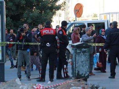 Antalya'da çöp bidonunda patlama: 2 yaralı