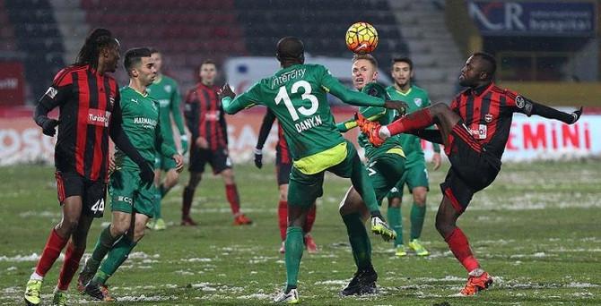 Bursaspor deplasmanda kazandı