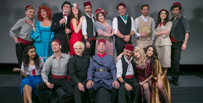 Buz gibi kış gecesinde tarçınlı sahlep tadında bir oyun: İstanbulnâme