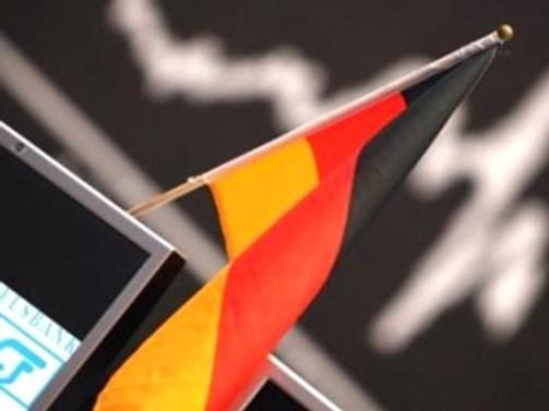Almanya, büyüme tahminini aşağı çekti