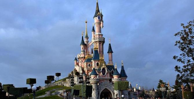 Disneyland'de terör şüphesi