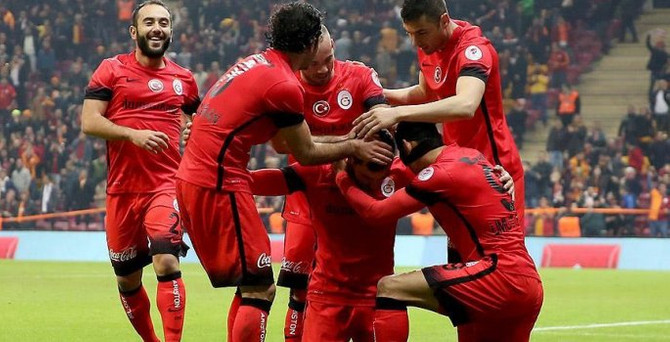 Galatasaray turladı