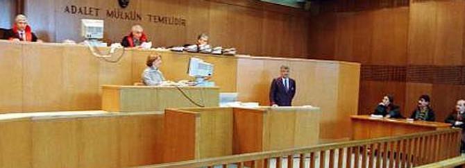 Balyoz hakimi emekliliğini istedi