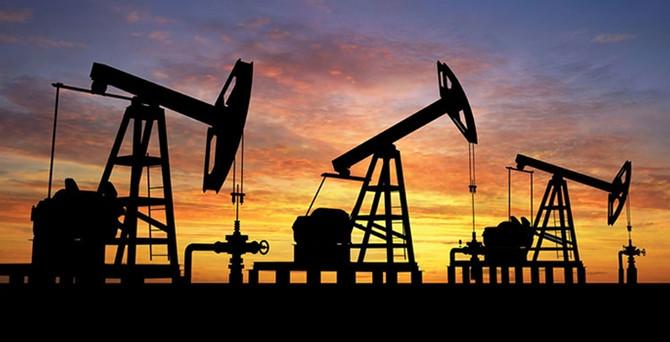 Brent petrol 44 doların altında