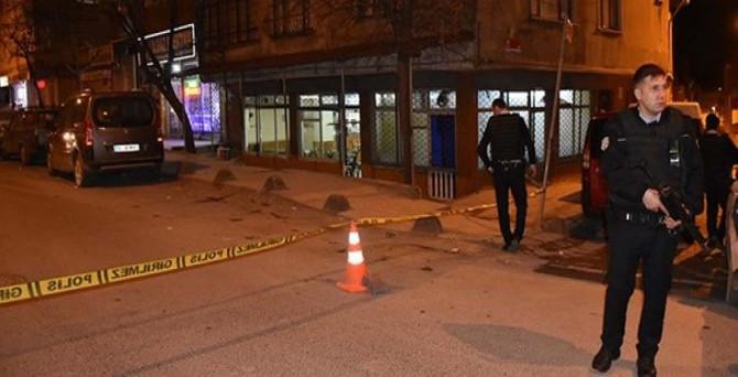 Kafeye silahlı saldırı: 2 yaralı