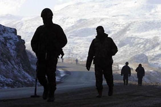 Tunceli'de mayın taraması yapan askerlere saldırı