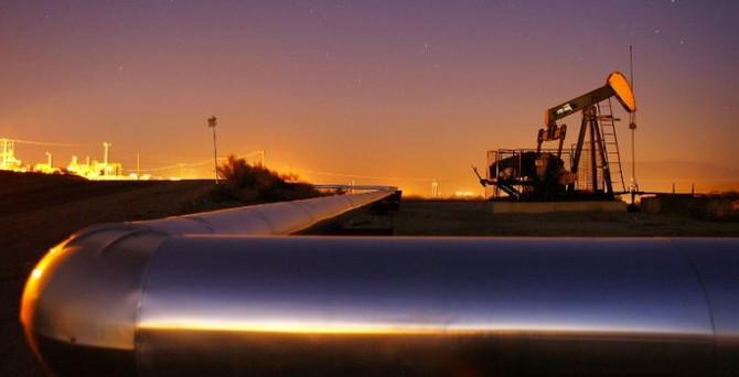 ABD'de haftalık petrol stokları yükseldi