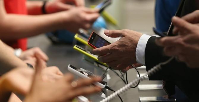Akıllı telefonlara zam geldi