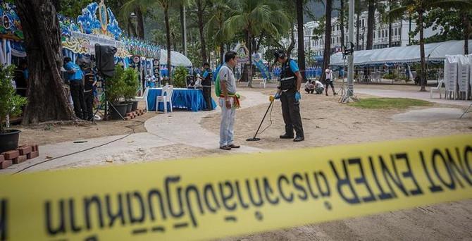 Tayland'da art arda patlamalar