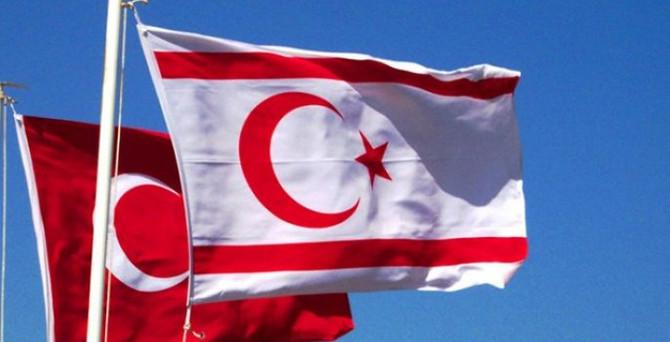 Çavuşoğlu, KKTC'li mevkidaşıyla telefonda görüştü