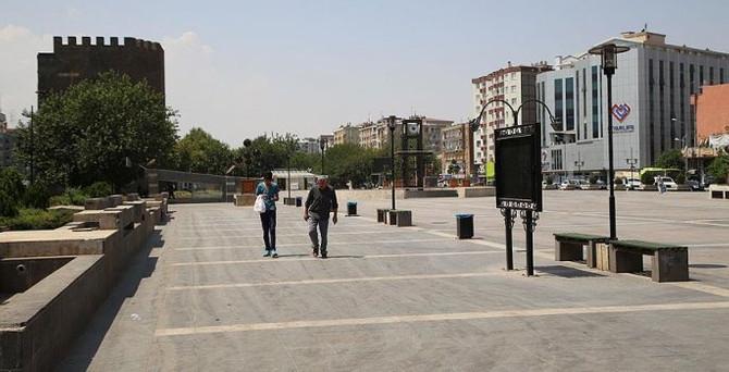 Diyarbakır'da gösteri yürüyüşü yasaklandı