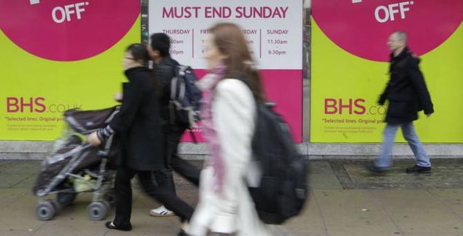 İngiltere'de perakende satışlar beklenenden fazla arttı