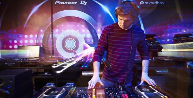 Pioneer DJ'in son ürünü Electropol Festivali'nde