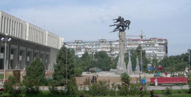 Kırgızistan'ın dış ticaret hacmi önemli ölçüde daraldı