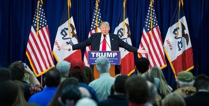 Trump'ın çalışanlarından ırkçı mesajlar