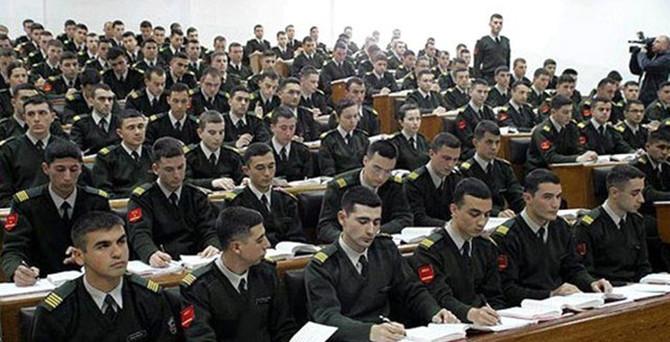 Askeri okullardan mezun öğrencilere üniversite sınavı