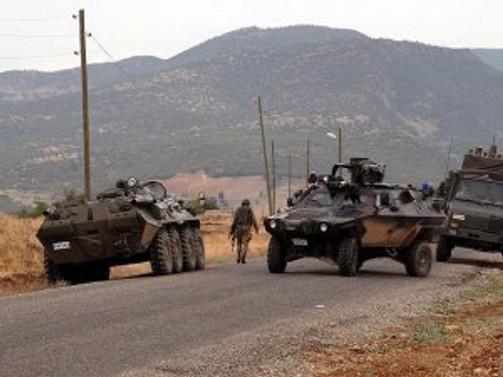 Hakkari'de bombalı saldırı: 1 şehit, 3 yaralı