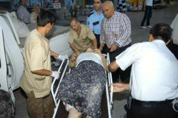 Aksaray'da yolcu otobüsü TIR'la çarpıştı