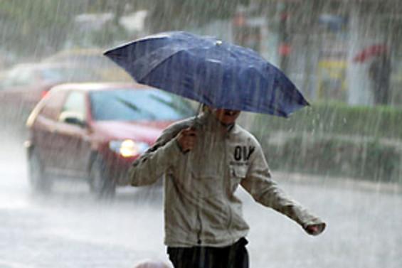 Sağnak yağış ve rüzgar akşam saatlerine kadar sürecek