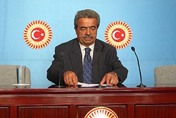 """""""Kılıç, AKP ile ilgili kararı yanlış açıkladı"""""""
